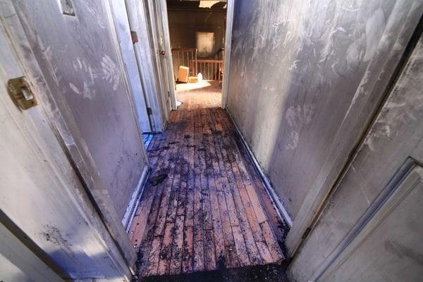 Smoke Soot Cleaning & Smoke Deodorization